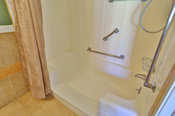 Villa Redondo Modified Bathtubs