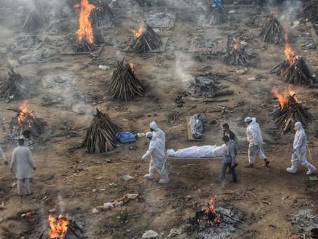 Разгар инфекции. Гуманитарная катастрофа Индии.