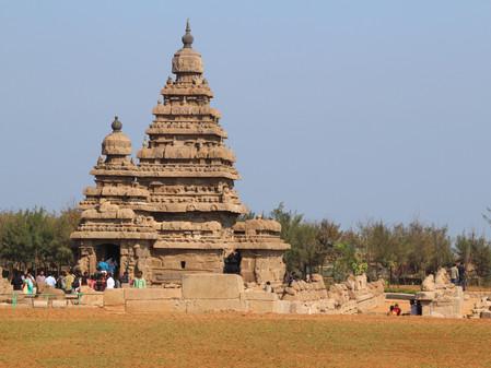 Dimanche 18: visite de Mahabalipuram (50kms au sud de chennai) site hindouiste du VII eme siècle