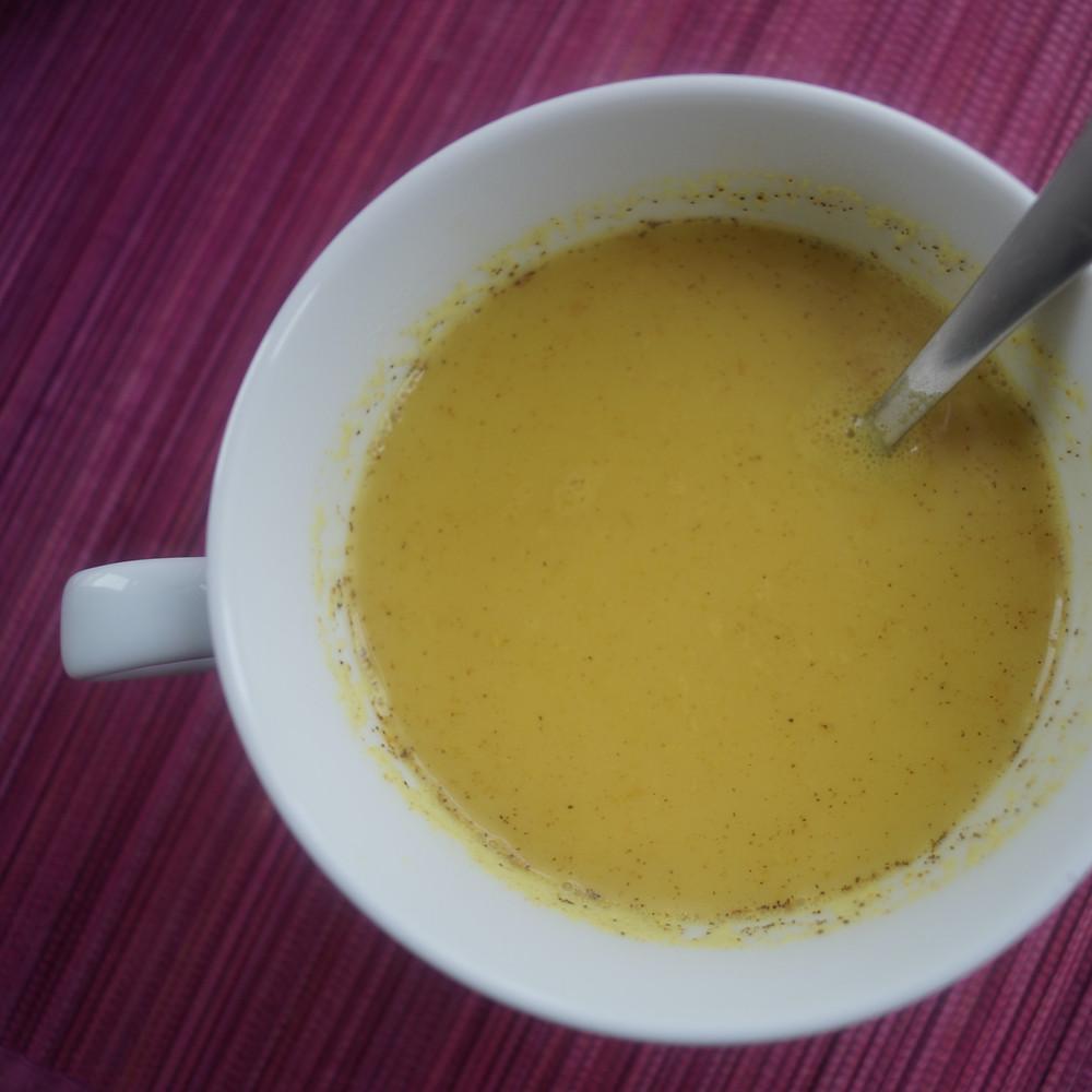 Rezept Goldene Milch - Kurkuma und Fruchtbarkeit