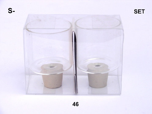 PAIR OF GLASS CUPS