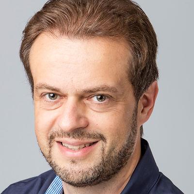 Daniel Baertschi 2015  (2).jpg