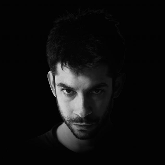 Chromos / Jacopo Dotti