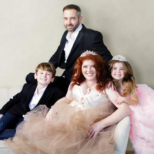 FAMILY FIRST _ NICOLE BENOIT | THE CREATIVE STUDIOS_FAMILY PHOTOGRAPHY TORONTO