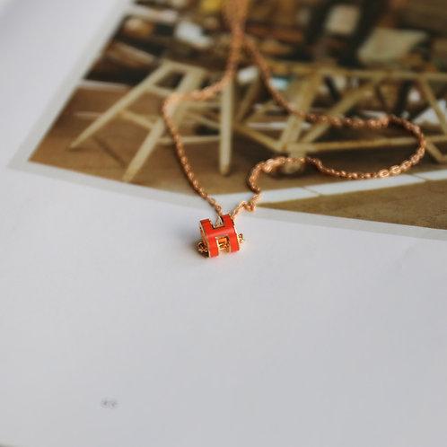 Pop H Necklace Mini