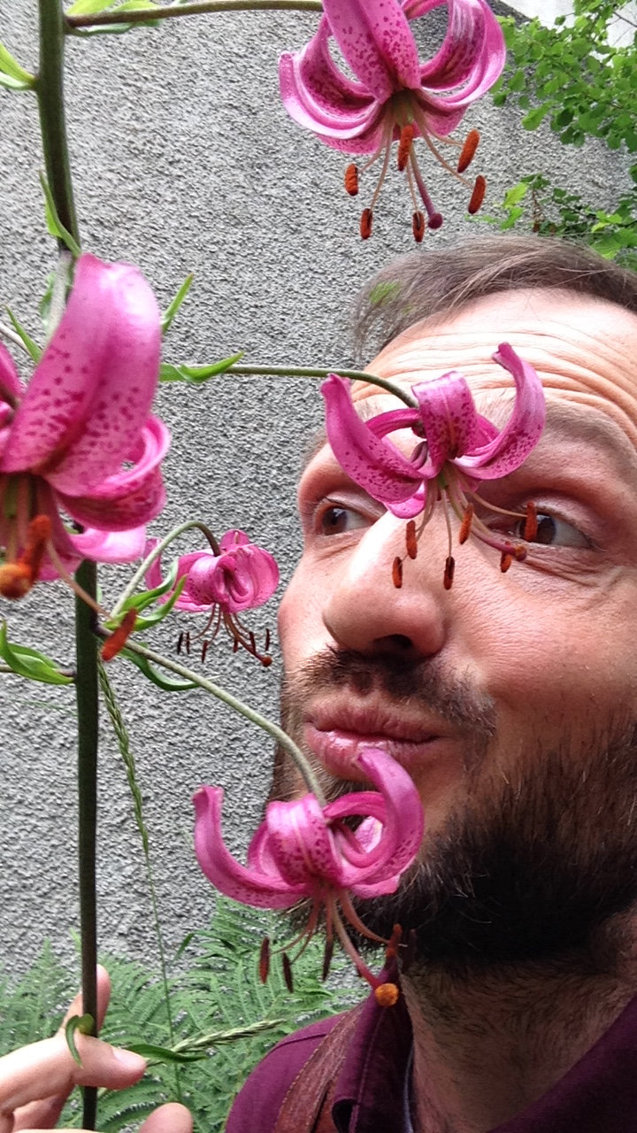 Speaking Flowers