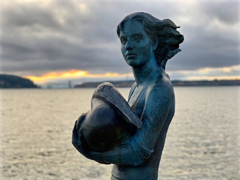 Neptune's Daughter by artist Lisa Reinertson