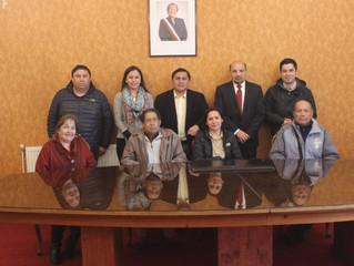 Alcalde y concejo Municipal suministran servicio de transporte gratuito a 11 dializados