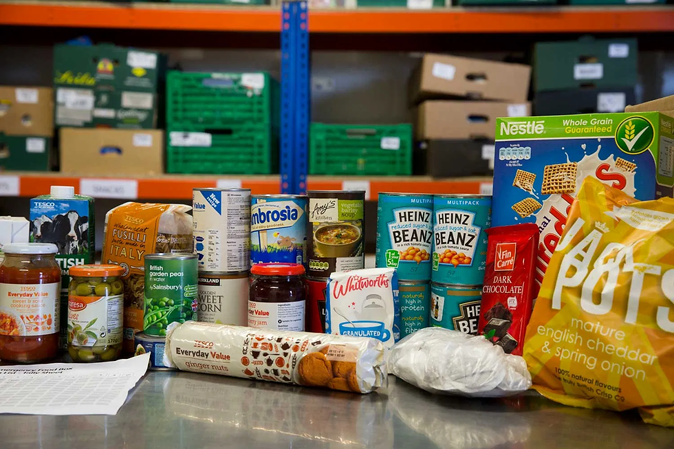 contents-of-food-parcel.webp