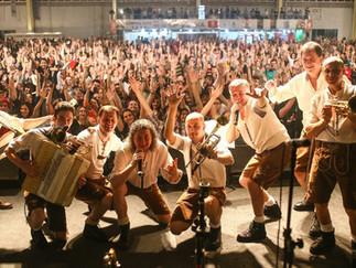 Festas de Outubro em SC, aqui em Joinville tem a Bierville!