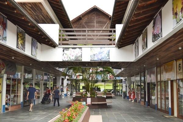 Centro Comercial da Expoville