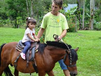 Rancho Alegre, uma Experiência Rural para os pequenos!