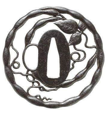 莢豆透図鐔 無銘 薩摩
