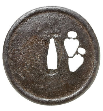 壺透図鐔 無銘 古甲冑師
