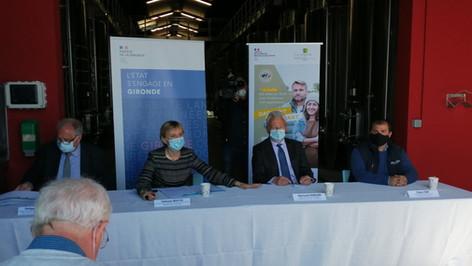Conférence de presse au Château Sénéjac concernant la lutte face aux aléas climatiques.