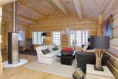 laftetømmer hytte