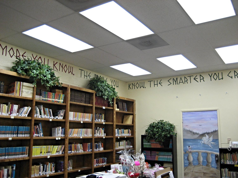 Ceiling border lettering