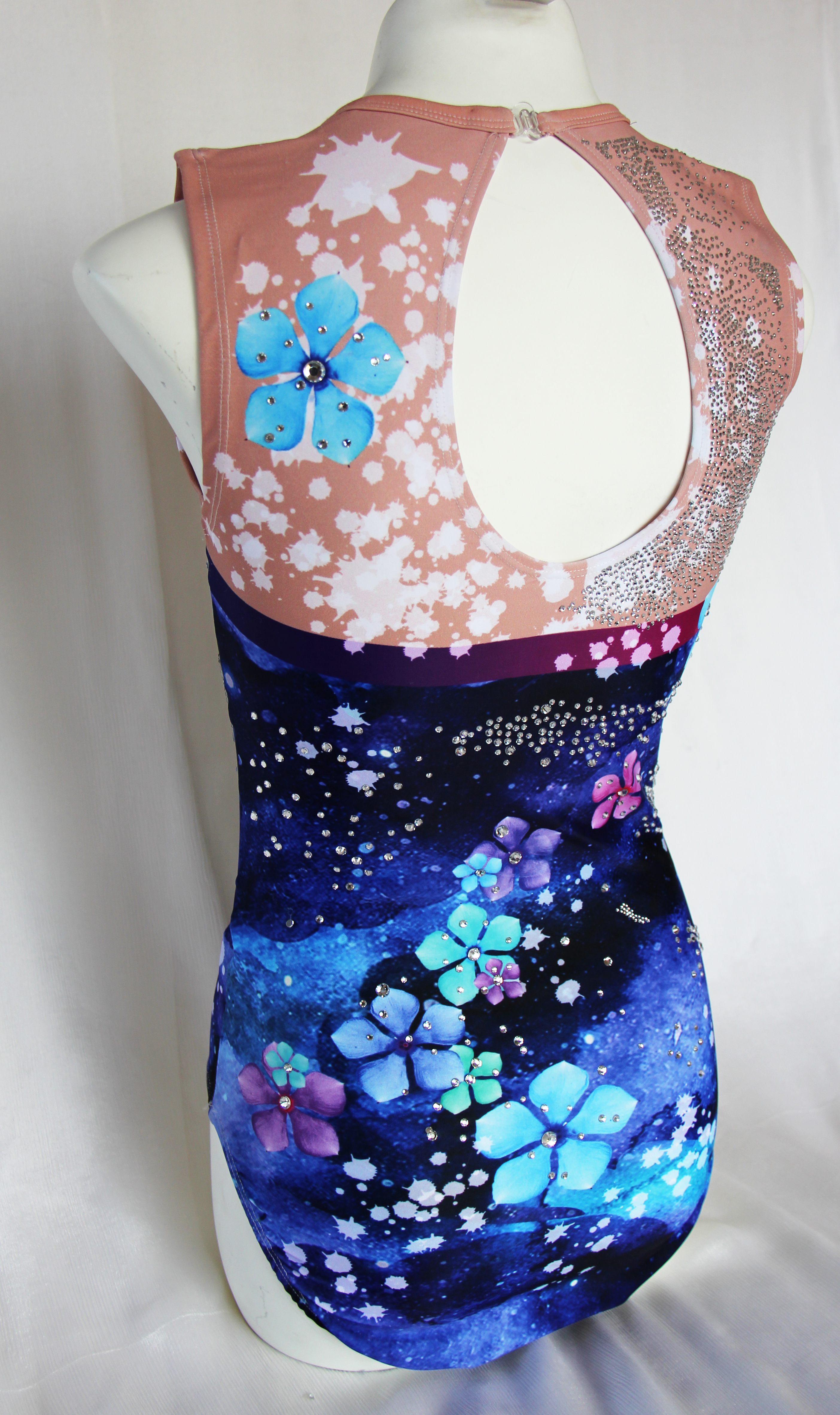 Dancing Butterflies & Flowers  in the Cosmo! 6