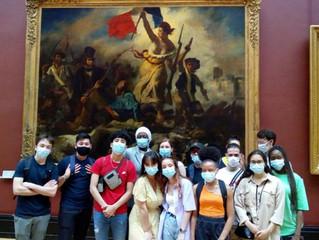 Les étudiants de la prépa 1D2 au Louvre