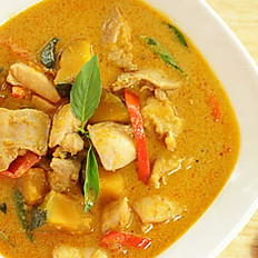 GAENG DANG  (RED CURRY)