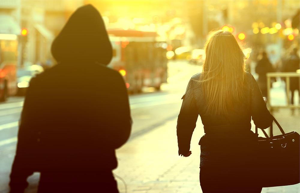 Pfefferspray Selbstverteidigung Frauenselbstverteidigung Waffen Notwehr Selbstverteidigung für Frauen Dein Sicherheitscoach Hamburg Streit Gefahr Notwehrlage Abwehrspray Körperverletzung Angriff CS-Gas Tierabwehrspray