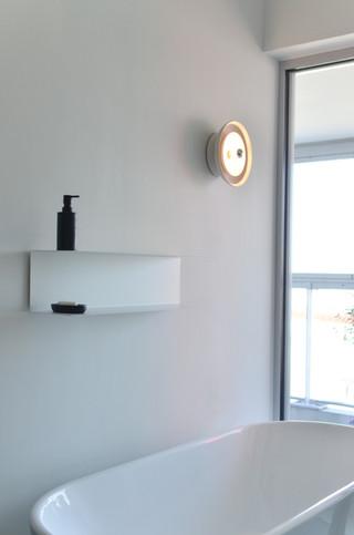 Ceramic wall light