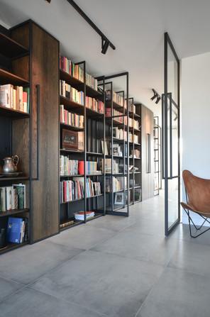 Custom made book shelving cabinet