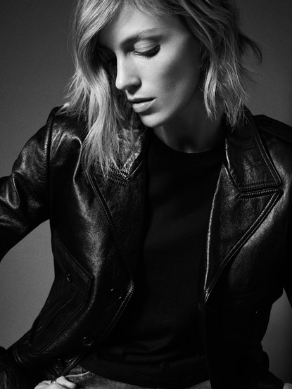 . Anja Rubik, Saint Laurent Show