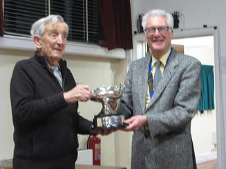 Eddie receives the Harmer  Bowl.JPG