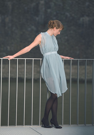 lightblue SilkDress_with Belt+pleated ne