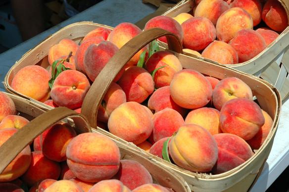 Recipe: Peach Ice Cream, No Ice Cream Maker Required