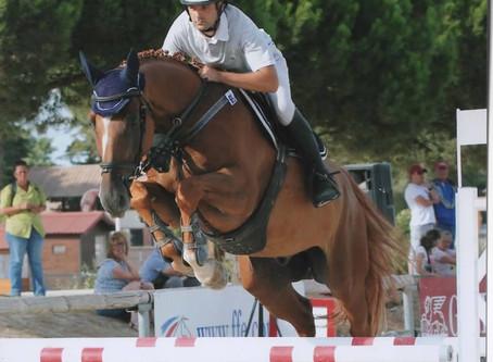 Le cheval qui accélère devant l'obstacle... Comment faire?