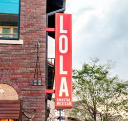 AM-Lola