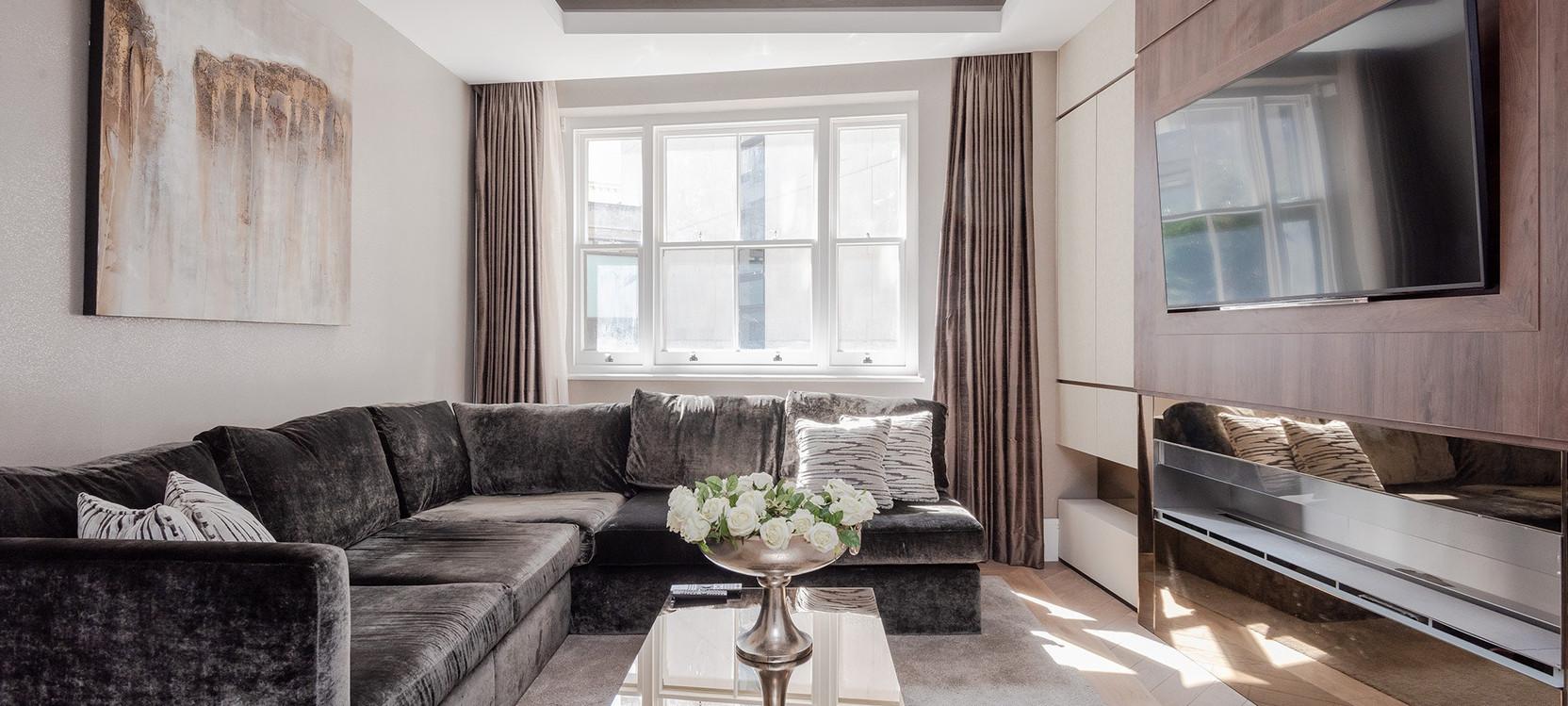 warwick house lounge