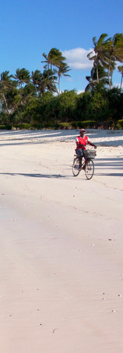 Zanzibar, Tanzania | cycling on the beach