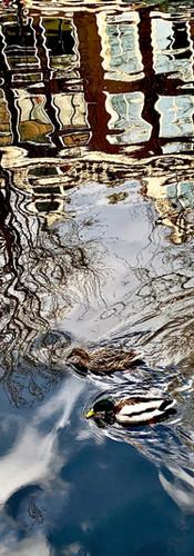 Water reflections @ Oudezijds Voorburgwal