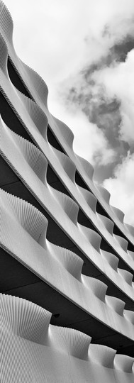 waving balonies ijburg architecture black and white