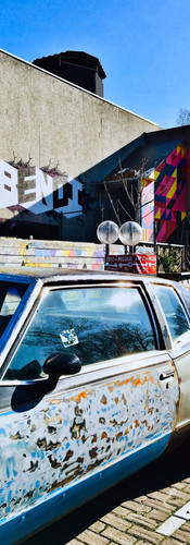 funky cubanesque car from the side in nieuw west amsterdam at radion