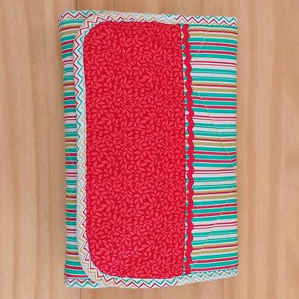 Necessaire porta lenço umedecido e necessaire auxiliar