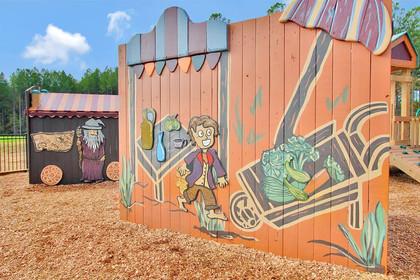 Hobbit Market Mural