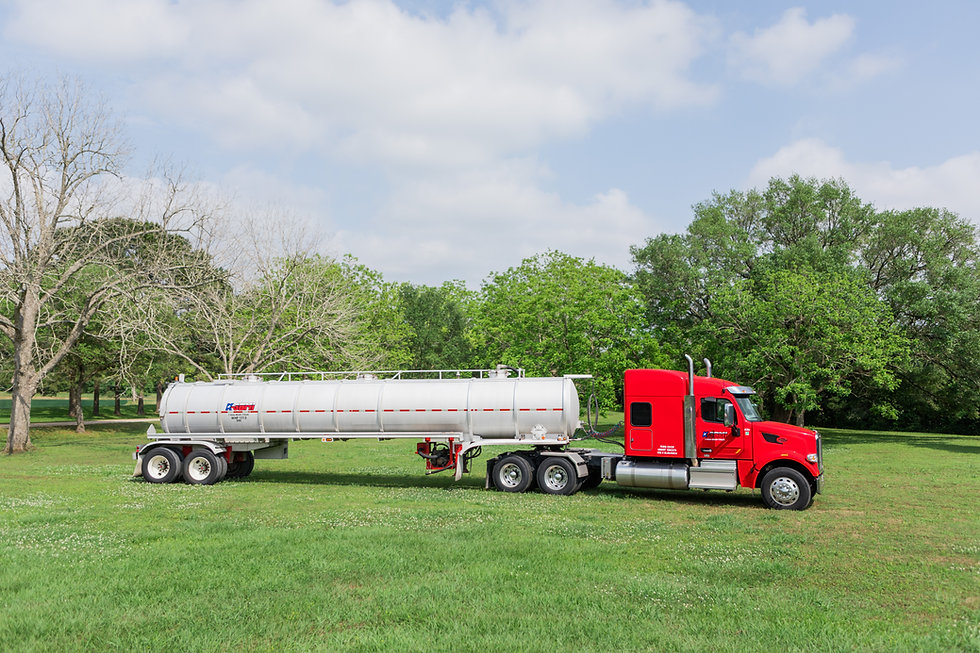 Aluminum Vacuum Transport with Red Sleeper Truck