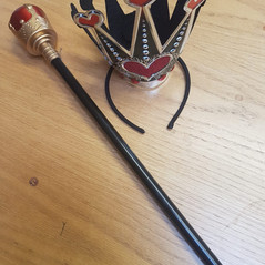 Queen of Hearts crown and sceptre