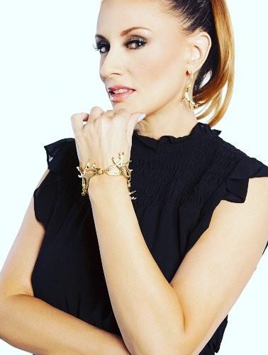 Fedha Nyuki Antler Earrings