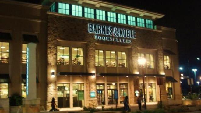 Barnes & Noble at The Shop at La Cantera