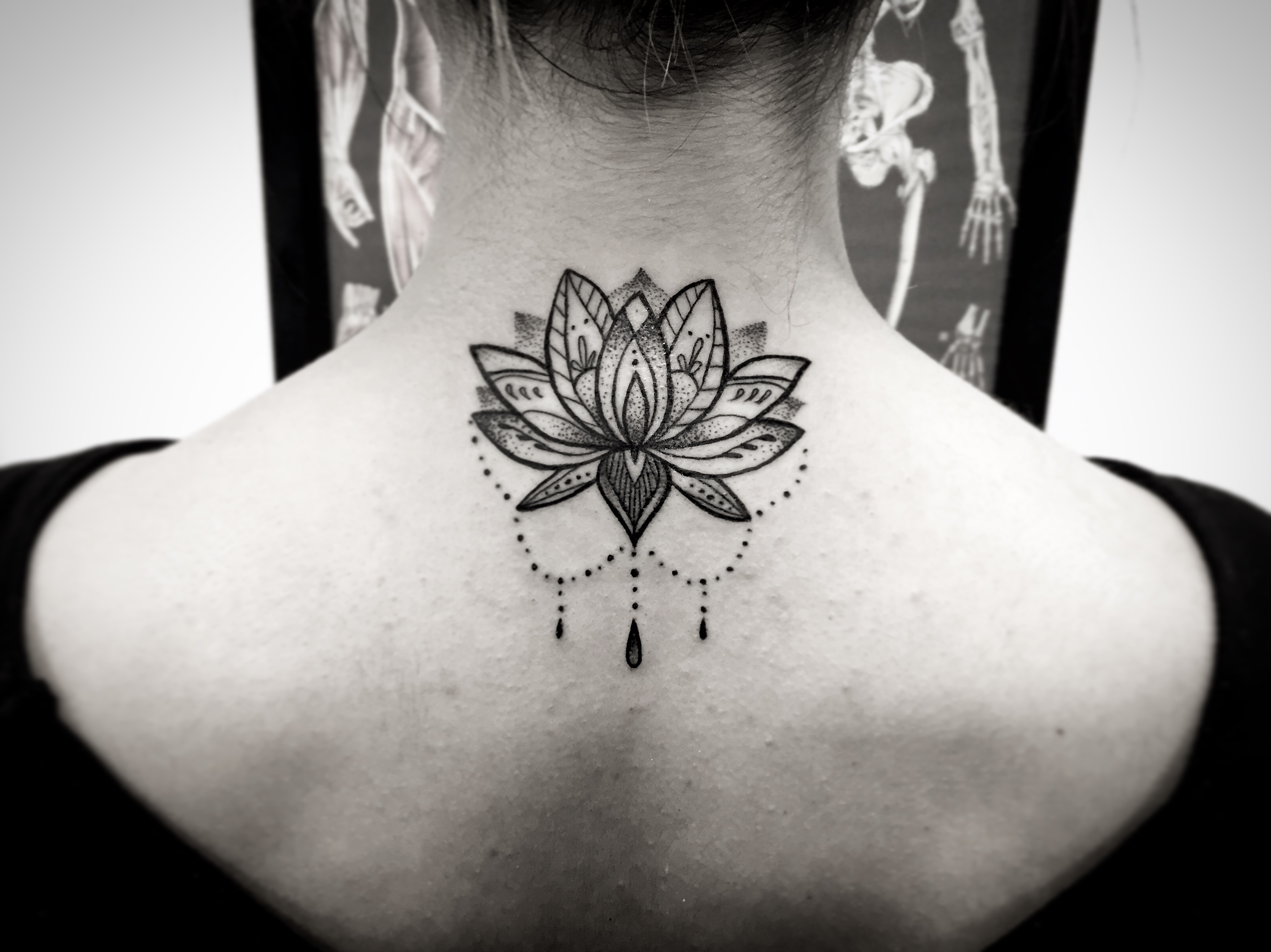 Lotus Mandala neck