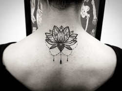 Lotus Mandala neck