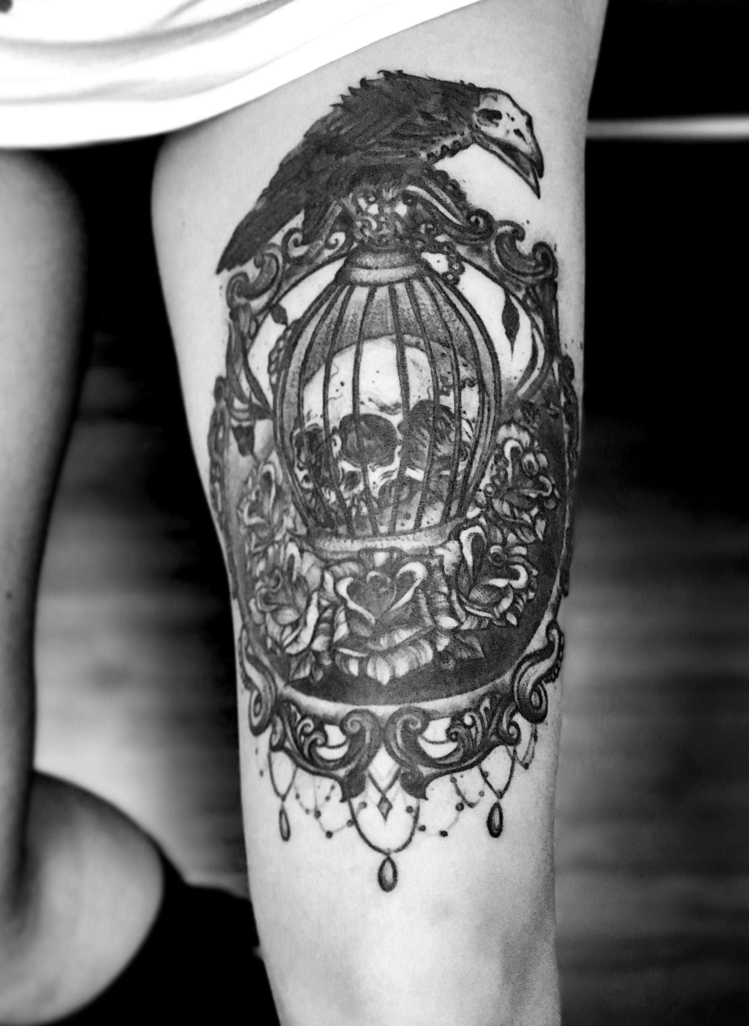Skull cage