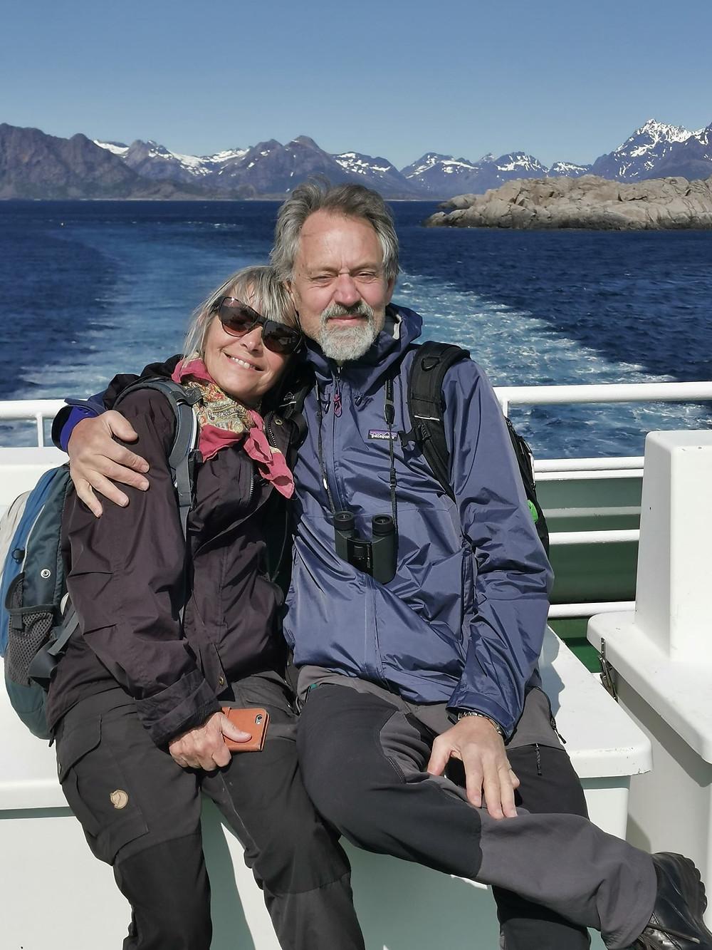 Tullan Willén och Kjell Gunnarsson till havs.