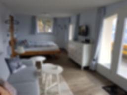 Wohn-Schlafzimmer.jpg