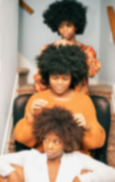 women-young-woman-afro_t20_YwAme1.jpg